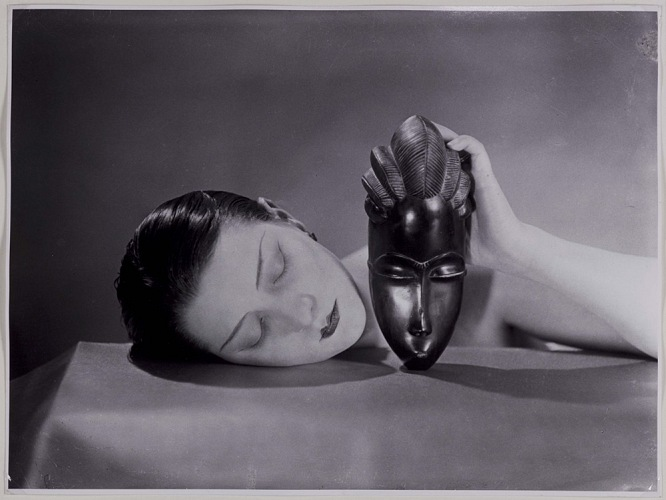 Man Ray, Noire et blanche, 1926. Fotografia / photograph new print, 1980. © Man Ray Trust by SIAE 2018