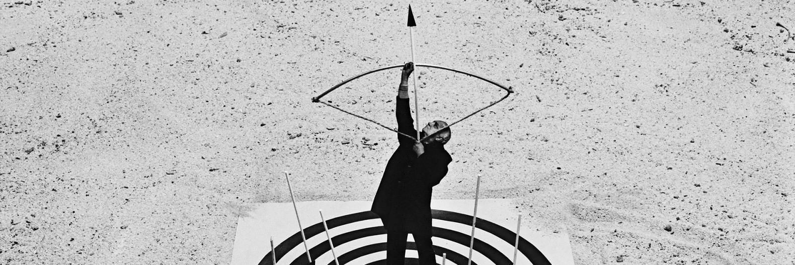 Gilbert Garcin, Mister G. life is surrea. © Gilbert Garcin.
