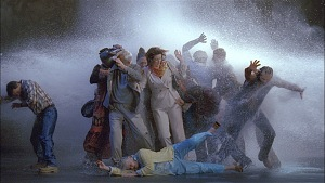 Tempest (Study for The Raft) (Tempesta, Studio per La zattera) di Bill Viola, 2005, 16' 50