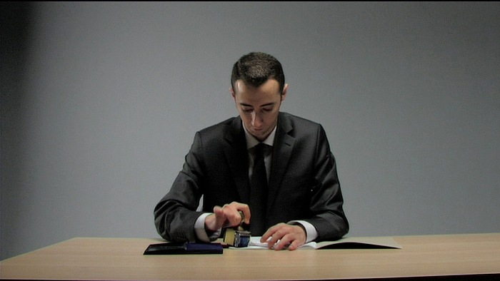 Ali Kazma, O.K., 2010. Video a 7 canali, loop. © Ali Kazma. Courtesy of the artist and Vehbi Koç Foundation. (Production Still; ph. Selen Korkst)