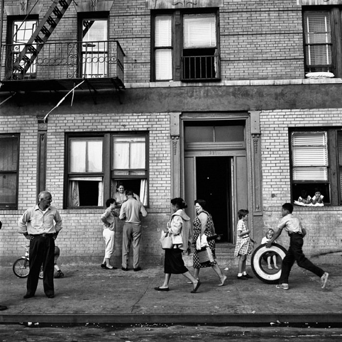 Vivian Maier, New York, 28 settembre 1959. © Vivian Maier/Maloof Collection, Courtesy Howard Greenberg Gallery, New York