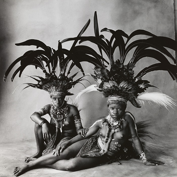 Irving Penn, Two Young Nondugl Girls, New Guinea, 1970. © The Irving Penn Foundation