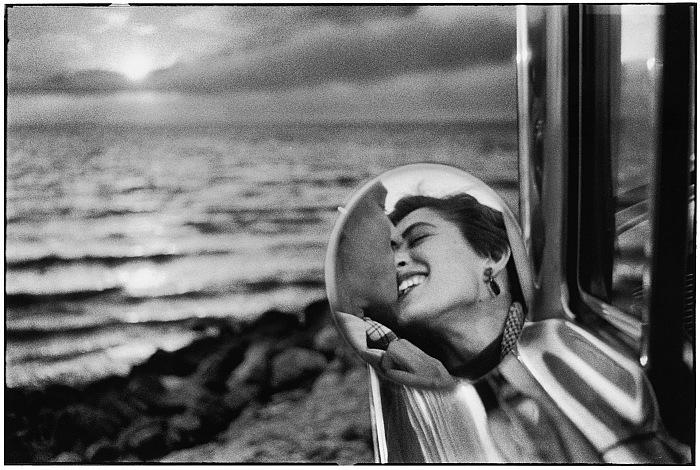 Elliott Erwitt, USA. California. 1956. © Elliott Erwitt/Magnum Photos