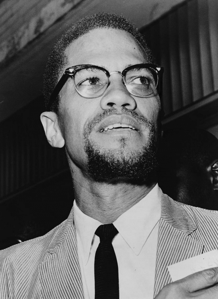 Herman Hiller, Malcolm X (1925 – 1965) all'interno del tribunale del Queens. Queens, New York, N.Y., U.S.A., 1964. © Herman Hiller. Courtesy New York Work Telegram and The Sun Newspaper Photograph Collection/The Library of Congress