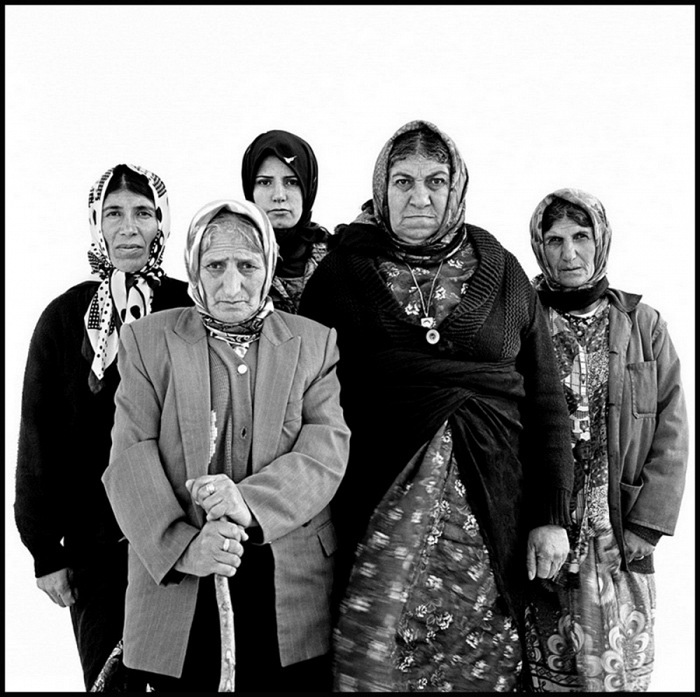 Mohsen Rastani, Iranian Family, ongoing project, 1992 – present. © Mohsen Rastani