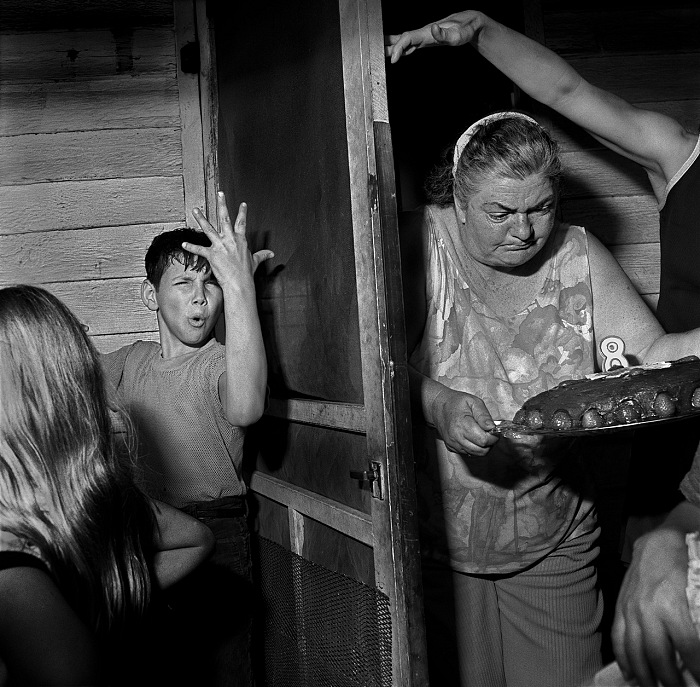 Larry Fink, Pat Sabatine, 8th Birthday Party. © Larry Fink