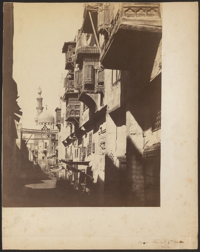 Antonio Beato, Via del quartiere copto, Il Cairo, 1878. © Archivio Fotografico Touring Club Italiano