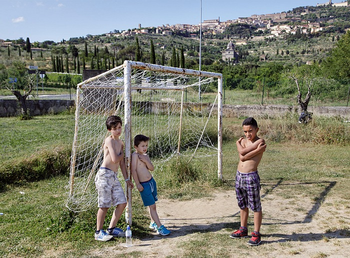 Simone Donati, from the series Non solo gol. © Simone Donati/Terra Project
