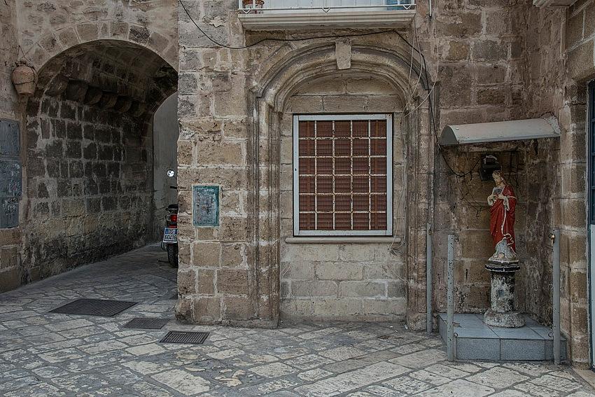 Pio Tarantini, Per le vie della città vecchia, Taranto. © Pio Tarantini.