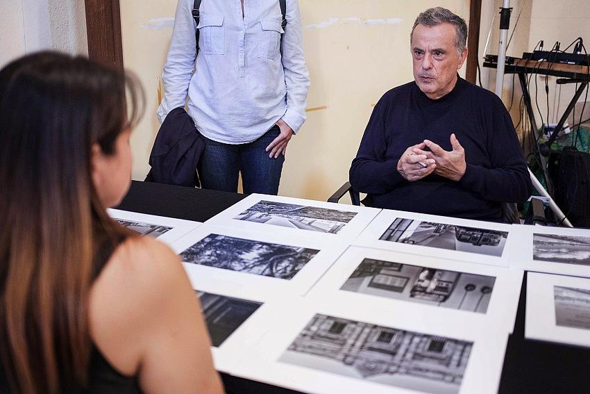 Un momento delle letture portfolio a TrapanInPhoto 2018. © Arturo Safina.