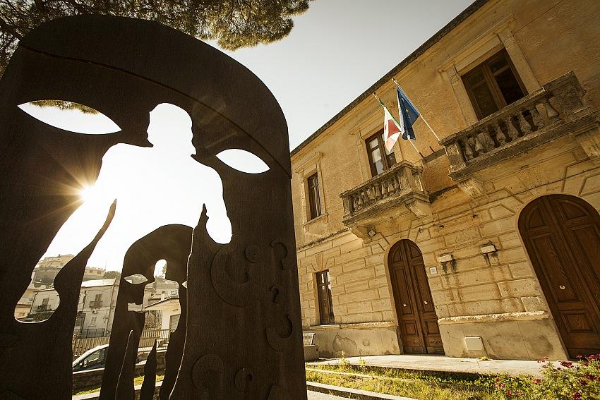 Gianfranco Ferraro, La sede del Comune di Riace. © Gianfranco Ferraro.