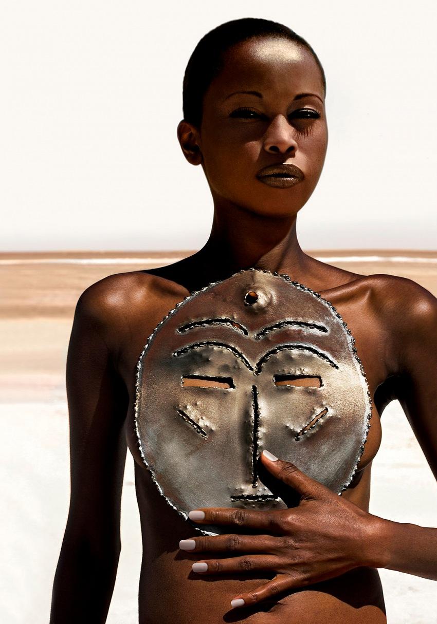 Roger Corona, dalla serie Les Femmes de la Lune. © Roger Corona.