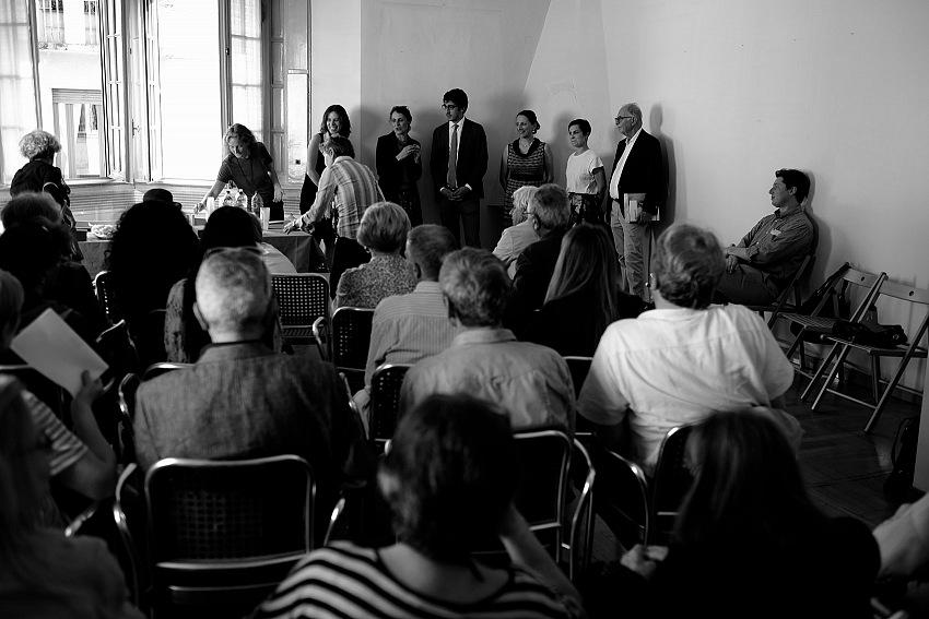 Giacomo Nuzzo, Un momento dell'inaugurazione della mostra Di studio in studio di Enrico Cattaneo. © Giacomo Nuzzo.