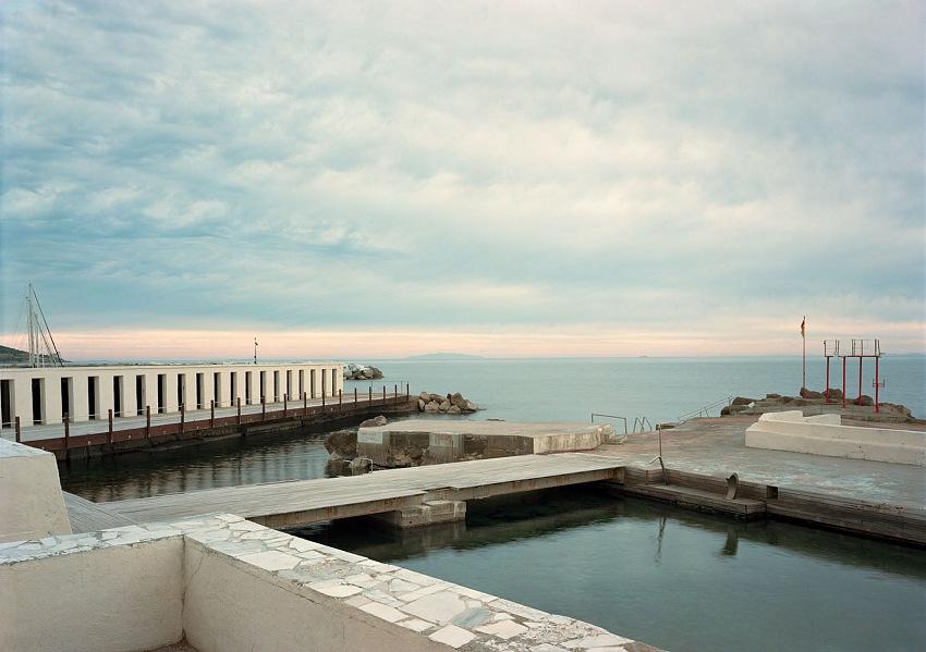 George Tatge, Bagni Roma, Livorno, 2019. © George Tatge.