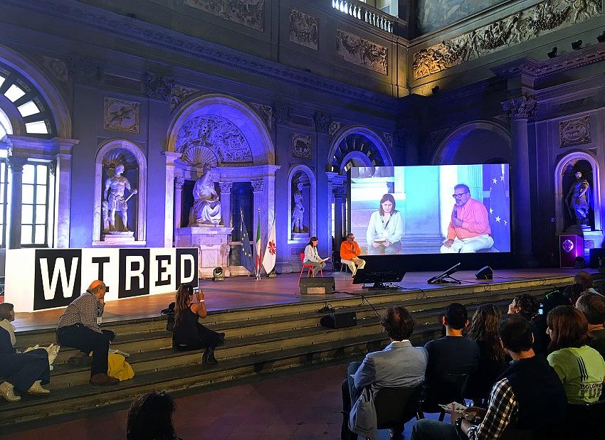Un momento dell'incontro con Oliviero Toscani nell'ambito di Wired Next Festival, Firenze, Palazzo Vecchio, Salone dei Cinquecento, domenica 18 settembre 2016. © Mimmo Cacciuni Angelone.