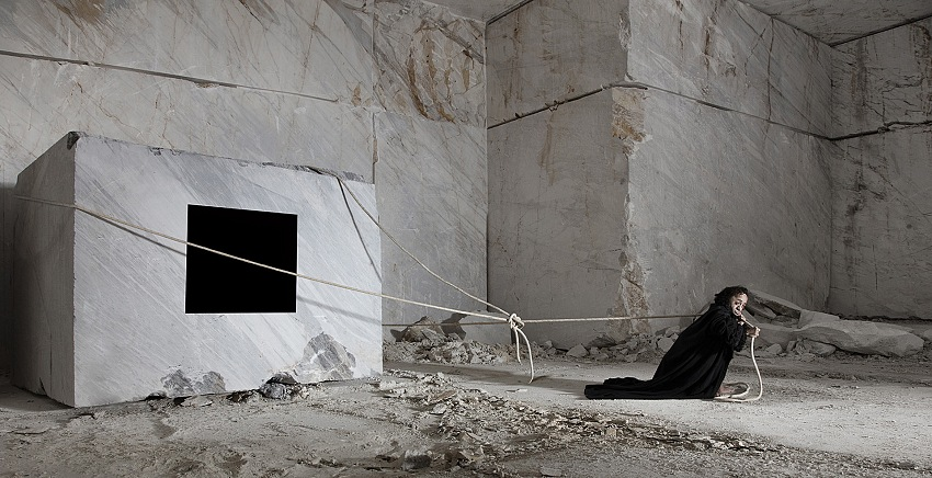 Matteo Basilé, L'ottava fatica, 2016, Lambda print on aluminium, 195x100cm. © Matto Basilé.