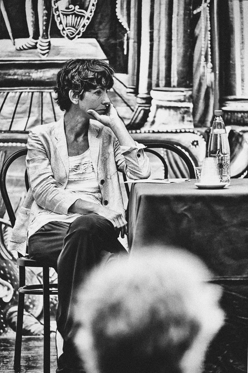 Palermo. Lorenza Bravetta ascolta assieme a noi i relatori. © Davide Bologna.