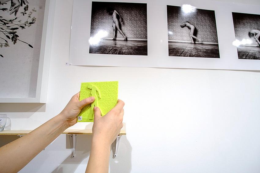 Un momento della visita alla mostra Fermez les yeux et regardez. © Salvo Veneziano/FPmag.