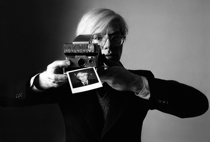 Oliviero Toscani, Andy Warhol per Polaroid, 1975, L'Uomo Vogue, Italia_1975 © Studio Toscani.