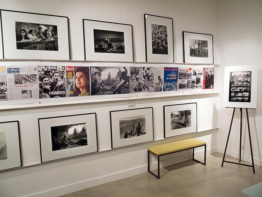 Un dettaglio dell'allestimento della mostra 68 altrove di Fausto Giaccone presso la galleria Expowall di Milano. © Fausto Giaccone.