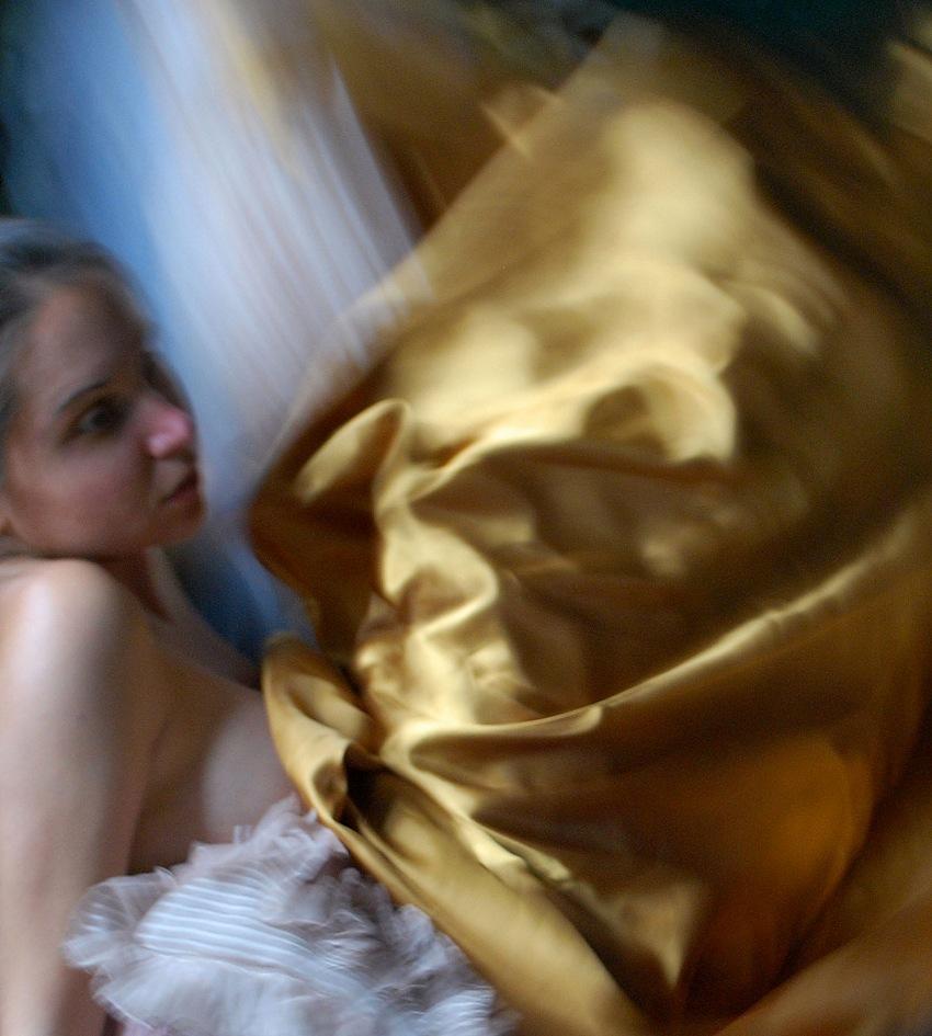 Ilaria Facci, Oro, self-portrait. © Ilaria Facci.